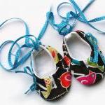 Bird swing ballet baby booties/shoe..